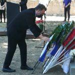 Κατάθεση στεφάνου από τον Δήμαρχο Ζωγράφου στο μνημείο των 200 αγωνιστών της Καισαριανής