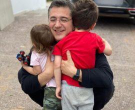 Η ανάρτηση Τζιτζικώστα για την γιορτή του πατέρα με τα παιδιά του