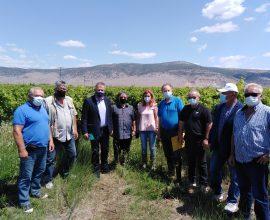 Π.Ε. Τρικάλων: Αυτοψία Μιχαλάκη στις χαλαζόπληκτες περιοχές της Φαρκαδόνας