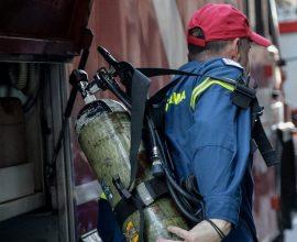 Άρση επικίνδυνης κατάστασης στον Ασπρόπυργο-Υπό μερικό έλεγχο η πυρκαγιά- Μήνυμα μέσω 112