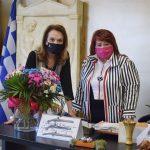 Συνάντηση της Δημάρχου Νέας Ιωνίας με την Μαίρη Βιδάλη για θέματα πολιτισμού