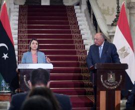 Αιγύπτιος ΥΠΕΞ: «Να αποχωρήσουν άμεσα τα ξένα στρατεύματα από τη Λιβύη»