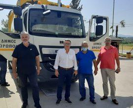 Δήμος Ωρωπού: Παραλαβή του πρώτου από τα πέντε νέα υπερσύγχρονα απορριμματοφόρα πλύσης κάδων