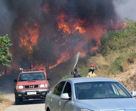 Συνεχίζεται η μάχη με τις φλόγες στην Αχαΐα
