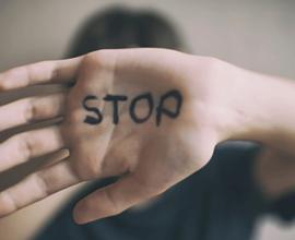 ΕΛ.ΑΣ.: Έγιναν 30 καταγγελίες για περιστατικά ενδοοικογενειακής βίας το τελευταίο 24ωρο