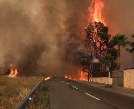 Πύρινη κόλαση, καίγονται σπίτια- Εκκένωση σε Θακομακεδόνες-Ολυμπιακό Χωριό