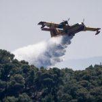 Φωτιά στην Αχαΐα: Καλύτερη η εικόνα – Εναέριες δυνάμεις συνεχίζουν να επιχειρούν στο μέτωπο