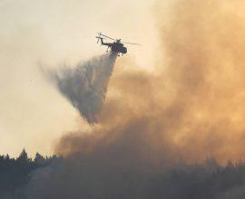 Φωτιά στη Μεσσηνία: Εκκενώνονται οι οικισμοί Μέλπεια και Διαβολίτσι