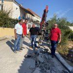 Επίβλεψη Δημάρχου Ανδραβίδας-Κυλλήνης στις εργασίες αντικατάστασης του Κεντρικού Αγωγού Ύδρευσης στην Τ.Κ. Νησίου