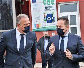 """Πέτσας: 4,4 εκ. ευρώ από το πρόγραμμα """"Αντώνης Τρίτσης"""" για την ανάπλαση του πρώην στρατοπέδου Παύλου Μελά"""
