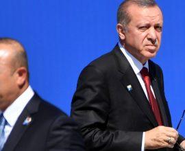 Στα άκρα οι σχέσεις Τσαβούσογλου – Ερντογάν; Γιατί ο Τούρκος ΥΠΕΞ απείλησε με παραίτηση