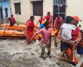 Ινδία: Τουλάχιστον 41 νεκροί από πλημμύρες και κατολισθήσεις
